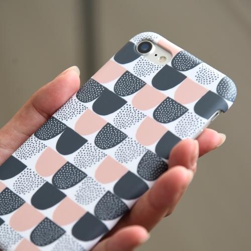 KAUNISTE  SOKERI iPhone ケース 1枚目
