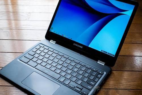 Samsung Chromebook Pro 1枚目
