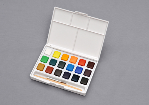 ターレンス 携帯用水彩絵の具18色セット 1枚目