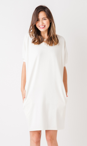 ヴィリーナ ナーシングリュクスVネックドレス ホワイトの画像