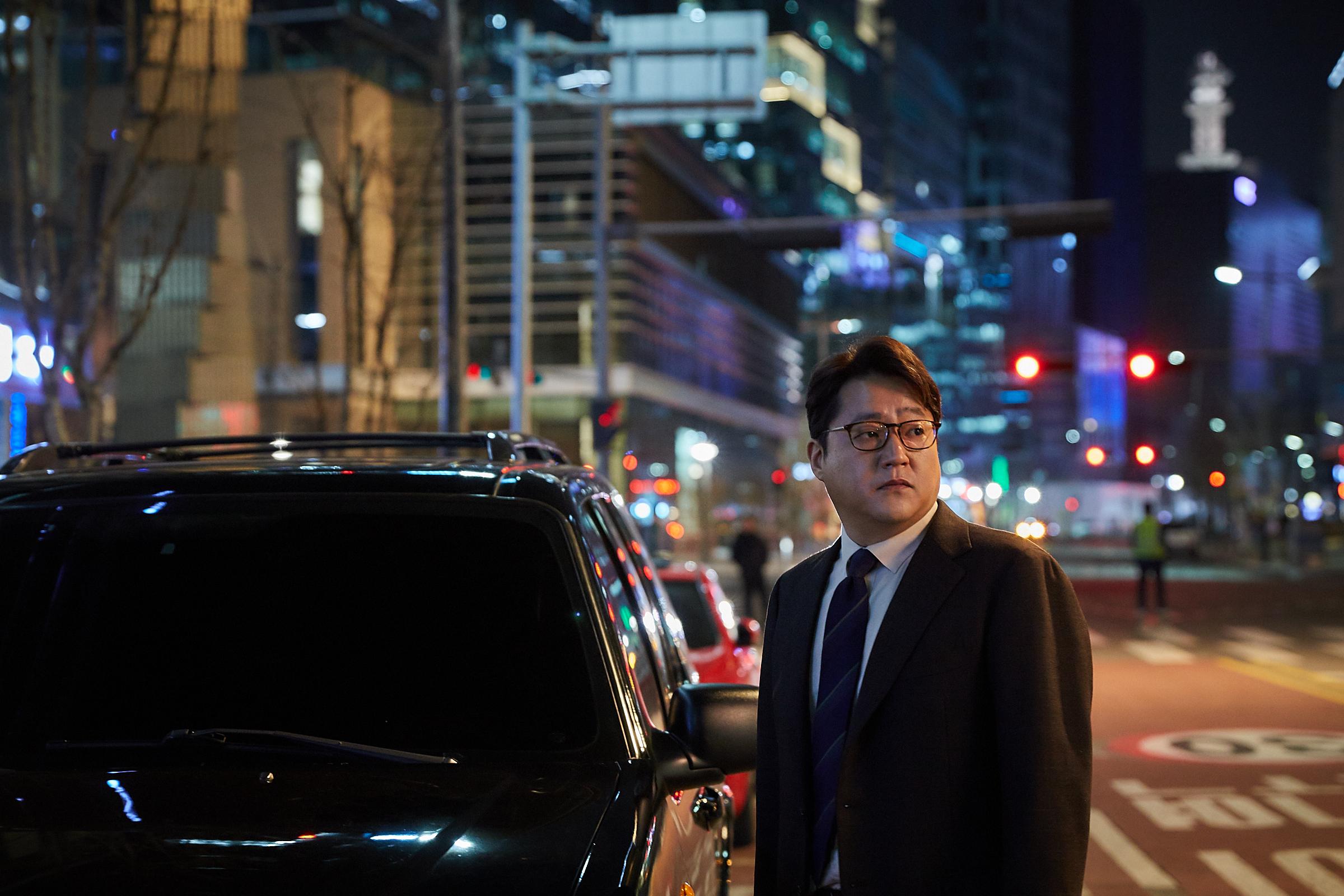 Netflixオリジナル映画 『鋼鉄の雨』 1枚目