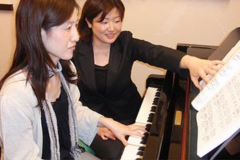 東京都内でおすすめのピアノ教室人気ランキング10選【子供にも大人にも!】のアイキャッチ画像1枚目