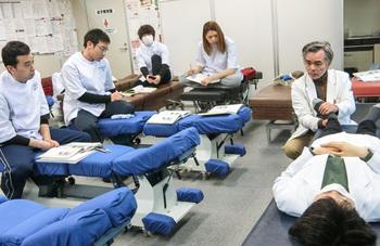 東京都内でおすすめの整体スクール人気ランキング10選【資格取得コースも!】のアイキャッチ画像1枚目