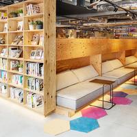 東京都内でおすすめのブックカフェ人気ランキング10選【スタバや駅近くのお店も!】