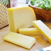 おすすめ人気のゴーダチーズ10選【本場のブロックからシュレッドまで】