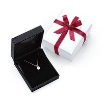 彼女におすすめのクリスマスプレゼント人気ランキング30選【年代に合う贈り物を!】
