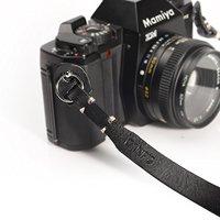 カメラストラップのおすすめ人気ランキング10選【ショルダータイプ・ネックタイプ】